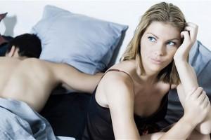 1 dalykas kurio beveik kiekvienai moteriai trūksta, kad seksas taptų malonus ir užpildantis… (užuomina: jokių vulgarių elementų!)
