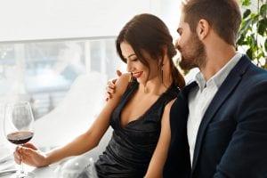 7 PSICHOLOGINIAI TRIUKAI, kurie privers vyrą tave įsimylėti per savaitę! (Beje, tinka ir poroms)