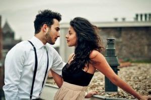 7 efektyviausi PSICHOLOGINIAI TRIUKAI, kurie privers vyrą tave įsimylėti per savaitę! (Beje, tinka ir poroms)
