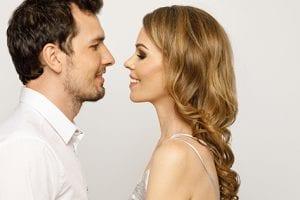 Kaip sudominti ir išlaikyti vyrą? (4 PASLAPTYS)