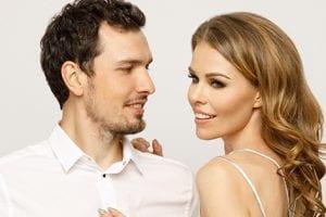 Kaip priversti vyrą galvoti TIK apie tave? (Šios 4 super paslaptys išves iš proto bet kurį!)